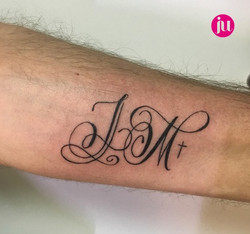 Tatouage initiales