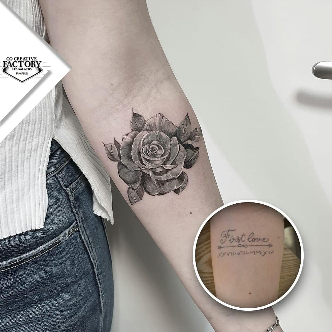 Recouvrement tatouage floral