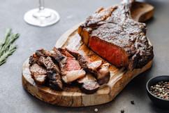 beef-steak-tomahawk-S3JHQLN.jpg
