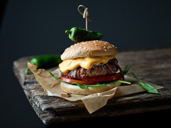 fresh-tasty-burger-AUUQCZR.jpg