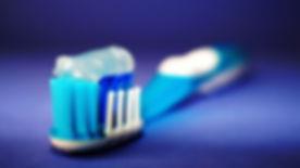 dental-floss-istock_mid.jpg