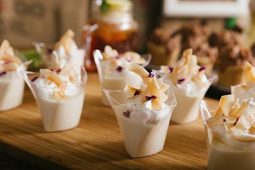 烤椰子奶凍配泰式椰汁