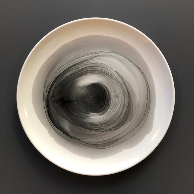 black silver i