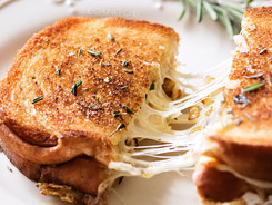 Ultimate-Grilled-Cheese-2.jpg