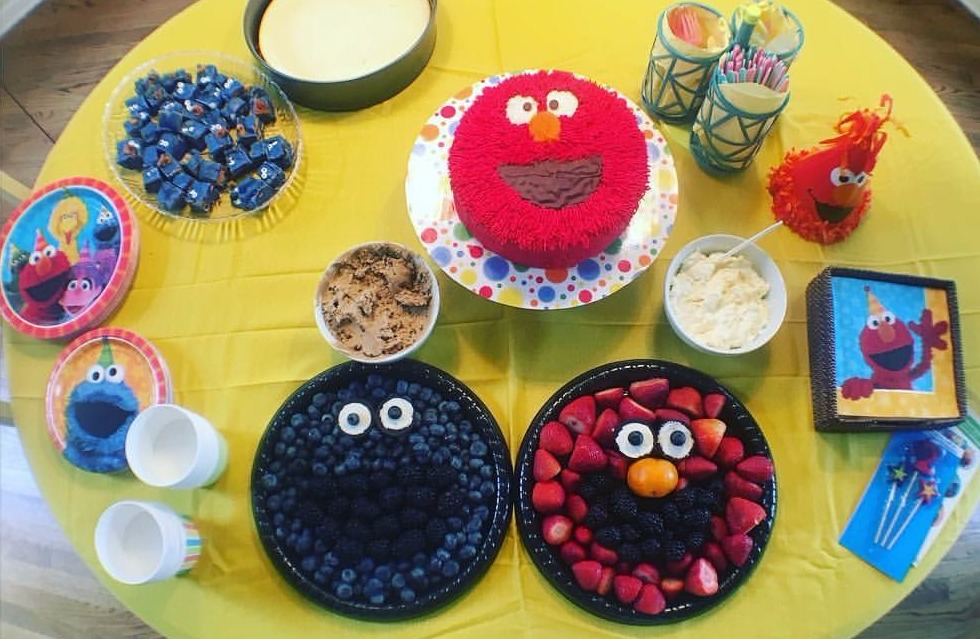 Elmo - Birthday