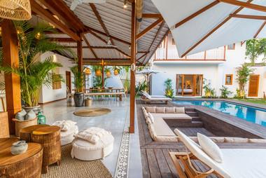 luxury villa.jpg