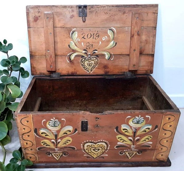 European style dowry chest hand painted