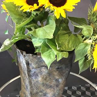 Détail, Vase en Bronze