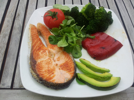 8 WAYS TO EAT HEALTHILY AND BECOME LEAN
