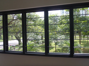 Sliding Window (Black Frame c/w Clear Glass) & Horizontal Grille (Black)