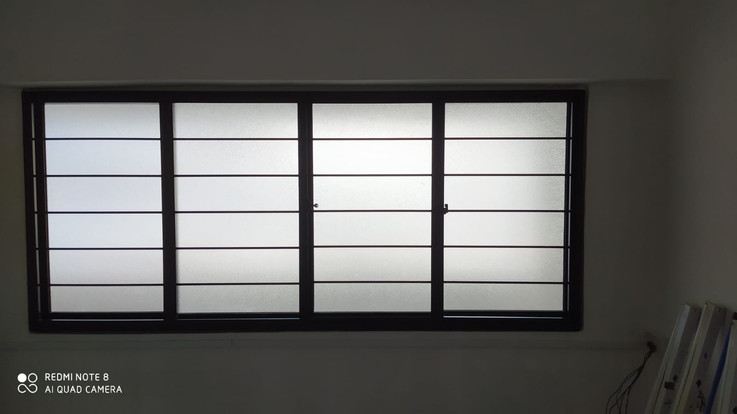 Sliding Window c/ w Frosted Glass & Horizontal Grille