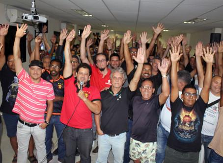 Trabalhadores do Correios suspendem greve até julgamento do dissídio