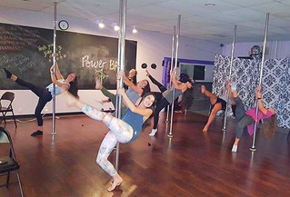 5 Reasons You Should Be Signing Up for Pole Dancing Classes as a New Year's Resolution