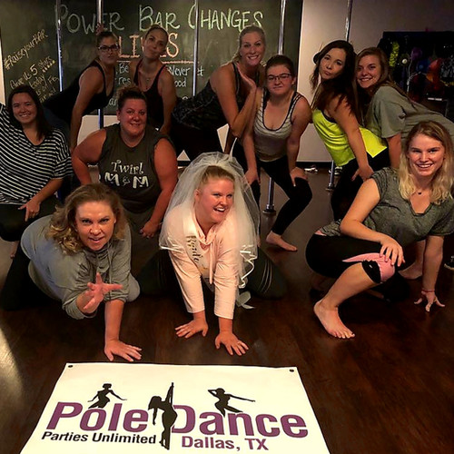 pole-dancing-party-women-dallas-fort-wor