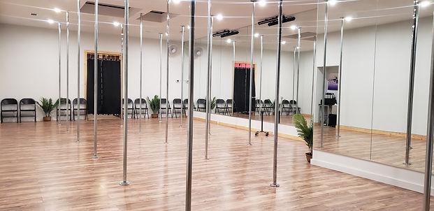 Pole Dancing Classes in Dallas Texas_ Downtown_Bachelorette.jpg