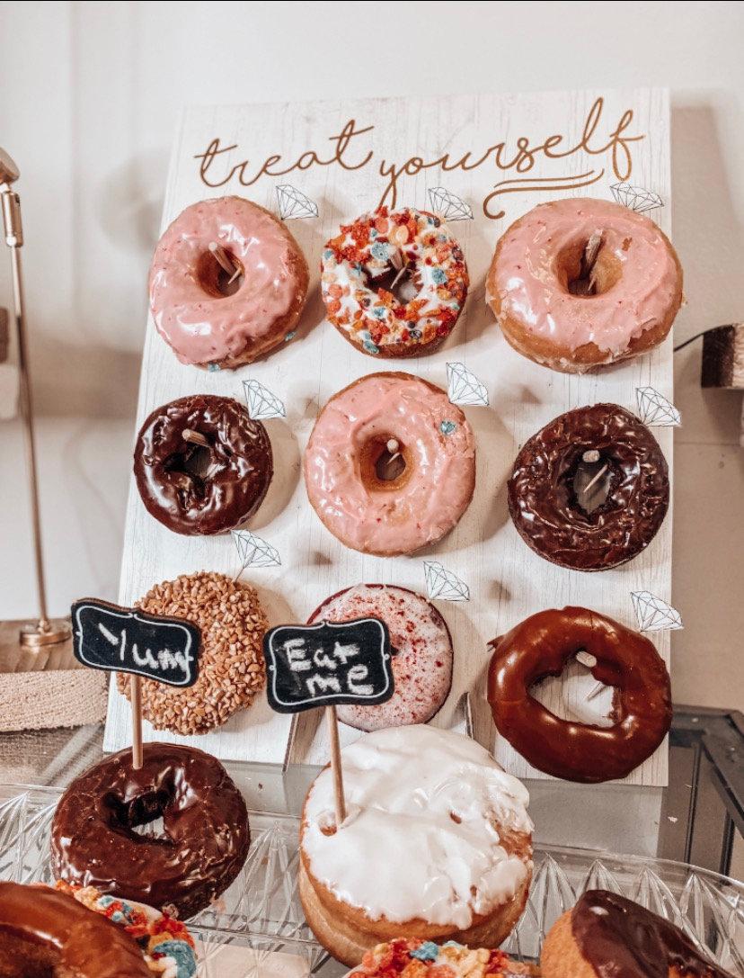 Diamond & Doughnuts Mini Session 💎 🍩✨