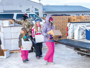 Farmers to Families returns with 1300 boxes of food