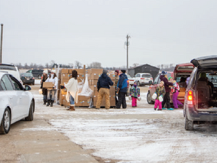 Farmers to Family Food Drop returns