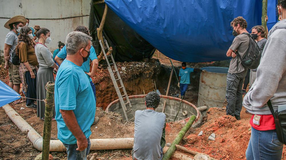 A construção do biodigestor no Restaurante do Quilombo do Campinho fez parte da programação do curso