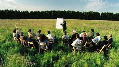 people-sitting-outside-meeting_bkt_16102