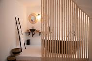 De Heiden - luxe badkamer met design bad