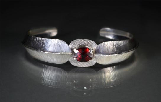 Foldform bracelet