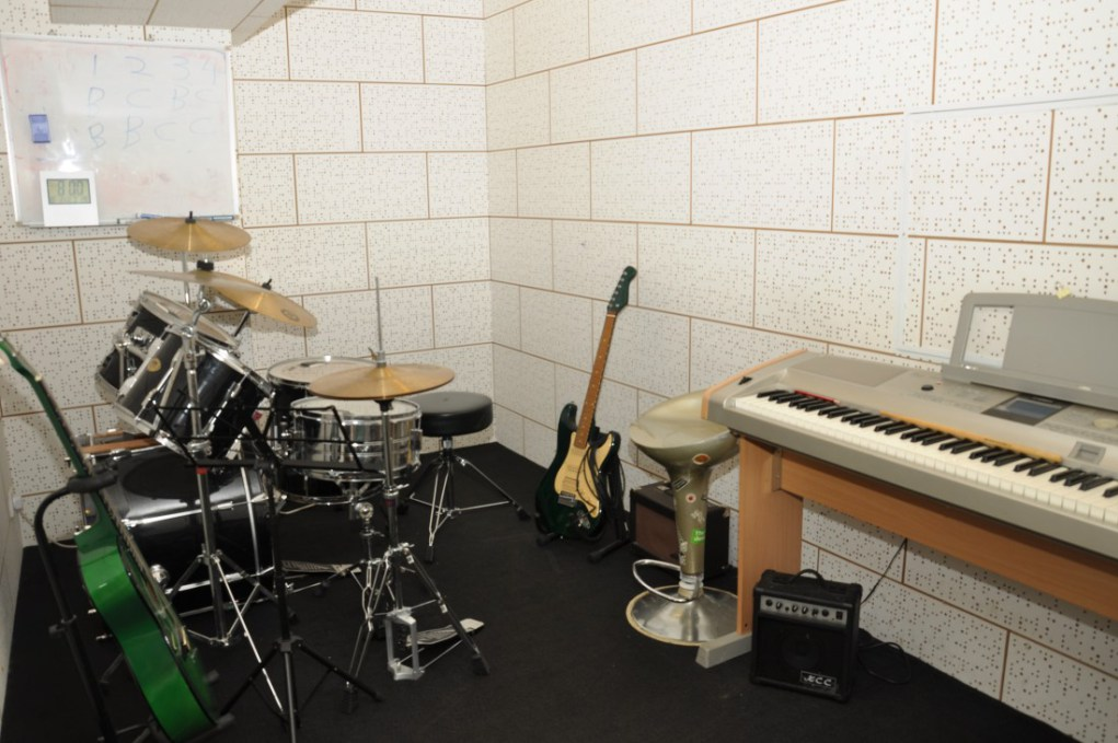 bandroom.jpg