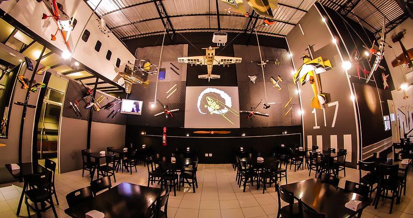 Hangar Burger.jpg