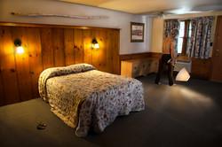 The Saugus Inn