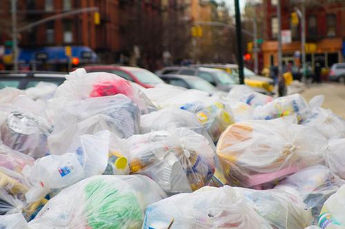 trash-garbage-bags-flickr-dan-deluca