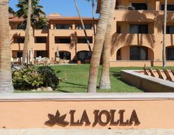 La Jolla beach wall