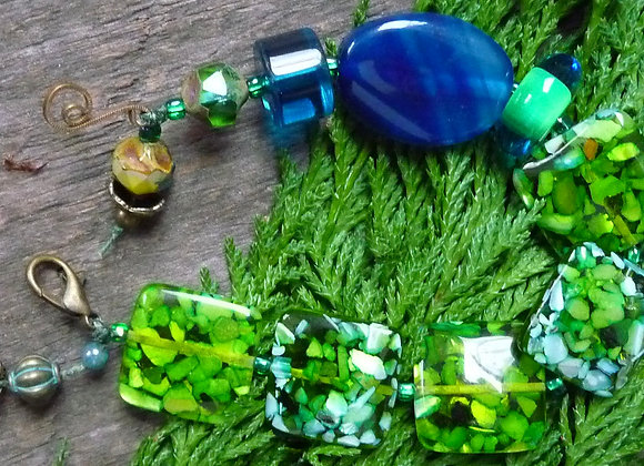 Blue/Green shell resin beaded bracelet