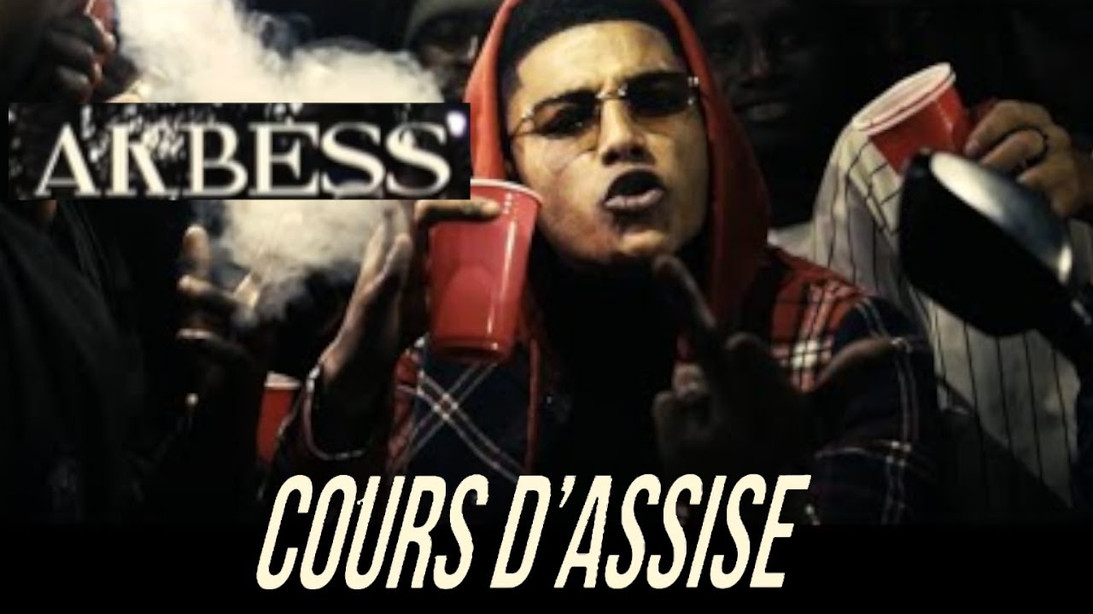 Akbess - Cours d'Assise