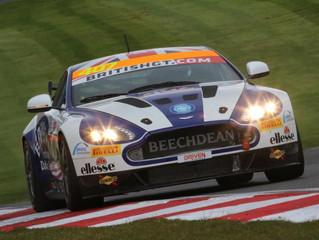 Albert and Bartholomew Bank Points at Disrupted Brands Hatch Opening Round