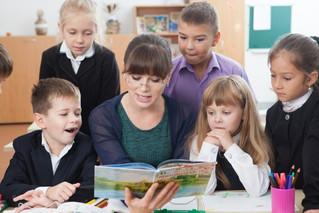 小学校のシステムと経営