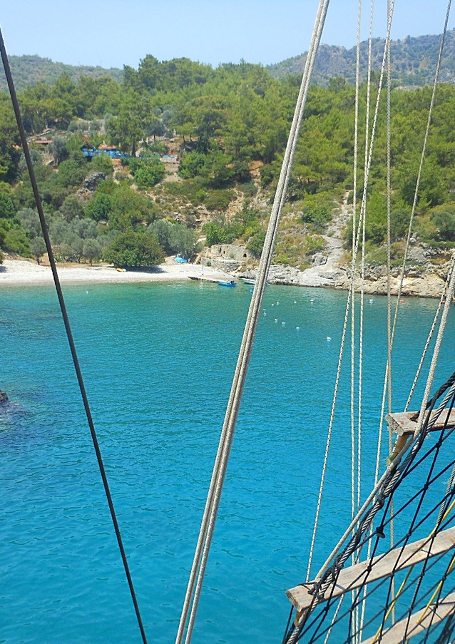 BAYS Dragon Pirate Boat Trip Ölü Deniz Turkey