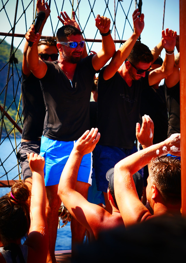 ENTERTAINMENT Dragon Pirate Boat Trip Ölü Deniz Turkey