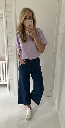 Jeans large court