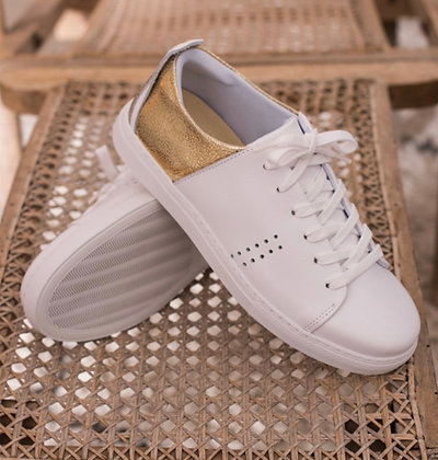 Sneakers blanches et dorées