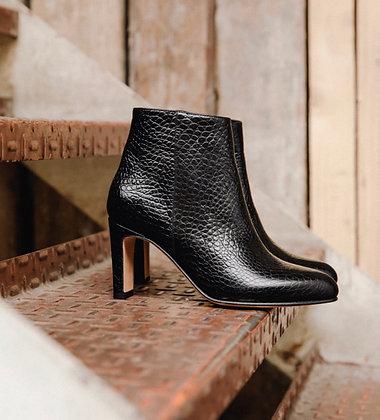 Boots en cuir croco à talons