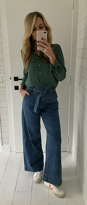 Jeans large