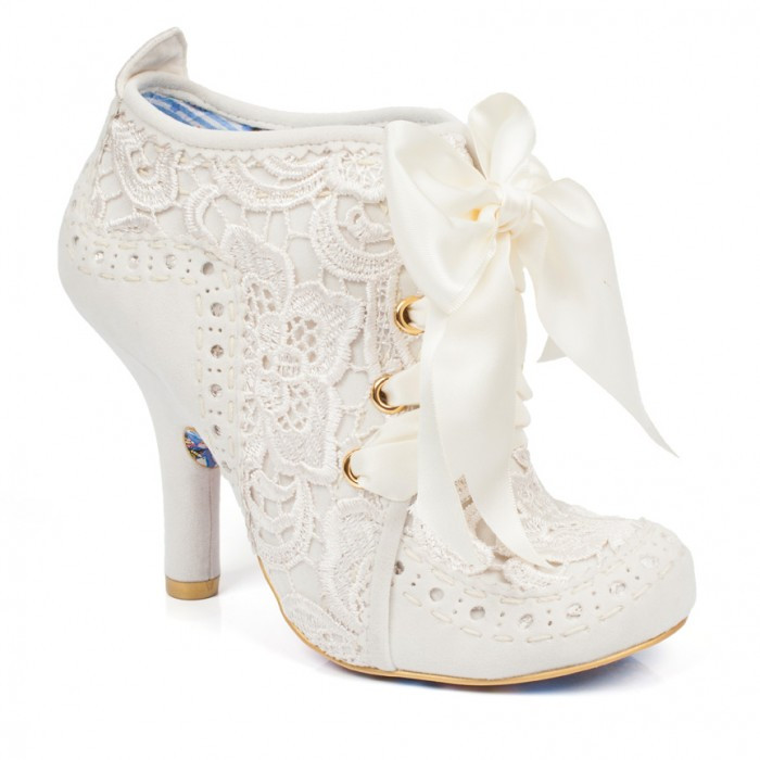 Lace Heeled Shoe