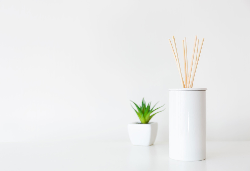 Selecting essential oil blends for your reed diffuser