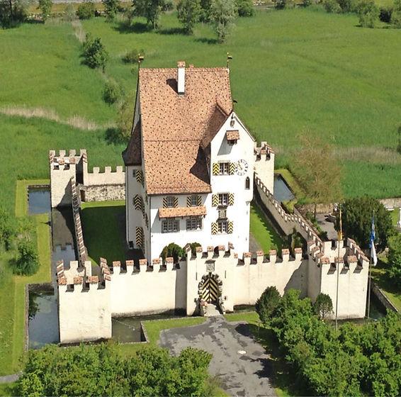 Schloss_A-Pro.jpg