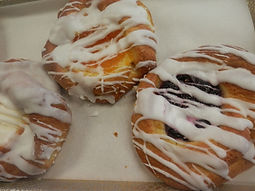 Danish%20with%20White%20frosting%20drizz