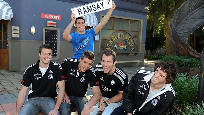 Collingwood Magpies visit Neighbours set