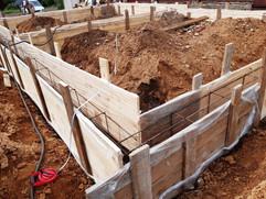 Фундамент-свайно-ростверковый-под-дом-дв