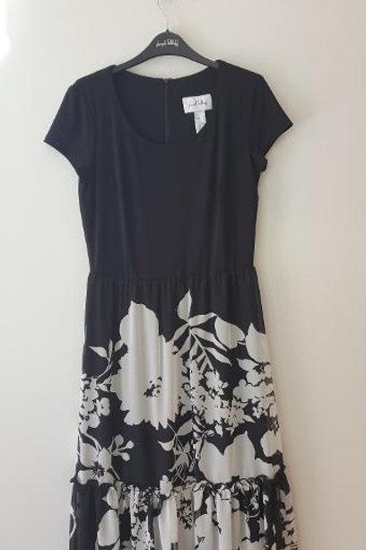 Robe longue fleurs noire et blanche