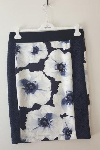 Jupe fleurs marine et blanc SPORTALM