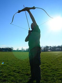 Boogschieten in open veld